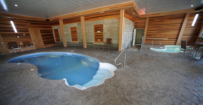 H bergements avec piscine en mauricie 23 h tels et g tes for Hotel avec piscine foret noire