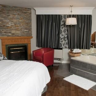 deauville-motel-suite-nuptiale.jpg