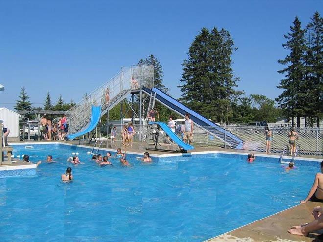 Campings en mauricie avec les enfants suggestions de - Camping lac aiguebelette avec piscine ...