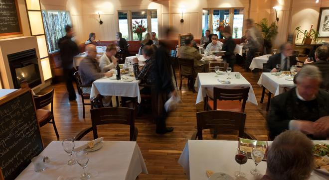le-castel-salle-a-manger-trois-rivieres