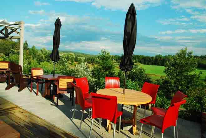terrasse-eco-cafe-baluchon