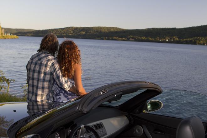 Couple Décapotable Rivière St-Maurice