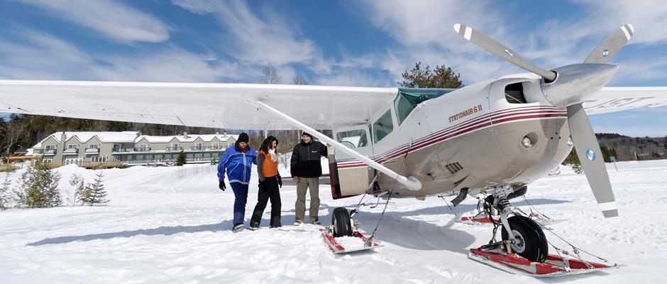 https://d38k3gcqg7i488.cloudfront.net/wp-content/uploads/2017/11/avion-ski-hiver-lac-blanc-pourvoirie-tm.jpg