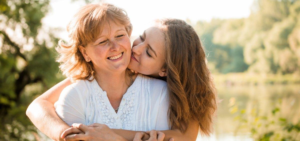 Fête des mères, une mère et sa fille