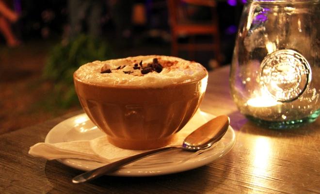 Café alcoolisé coureur des bois, soirées-spectacles Cookerie du Village Mauricie